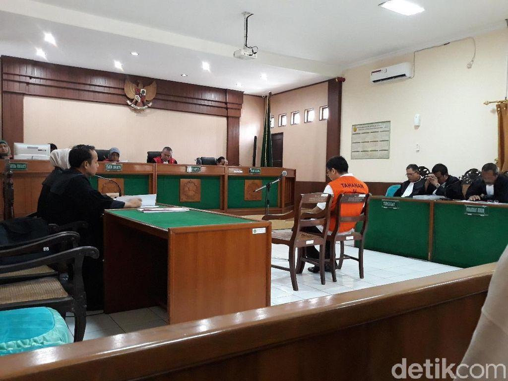 Dijerat Pasal Pembunuhan, Bos Cat Iwan Adranacus Dituntut 5 Tahun Bui