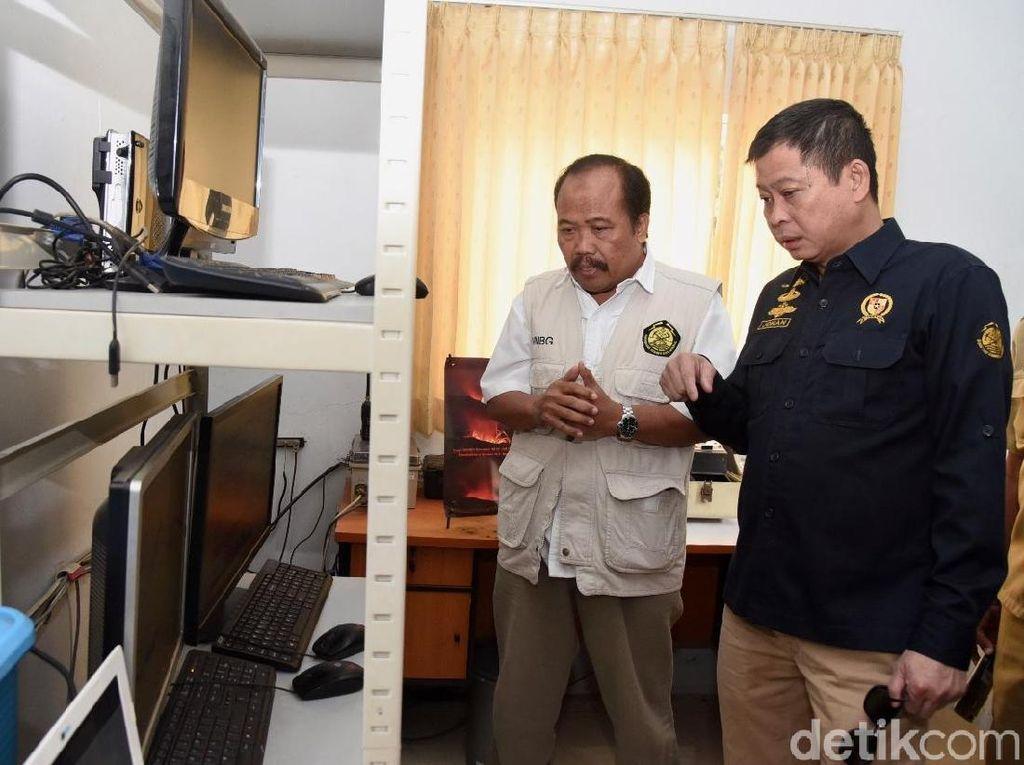Menteri ESDM Minta Pos Pengamatan Gunung Bromo Dipindah