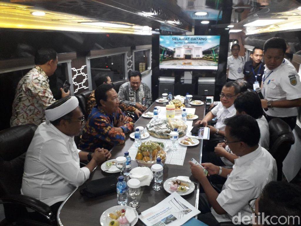 Ngabalin: Bandara Kulon Progo Dikebut Bukan Kepentingan Politik Jokowi