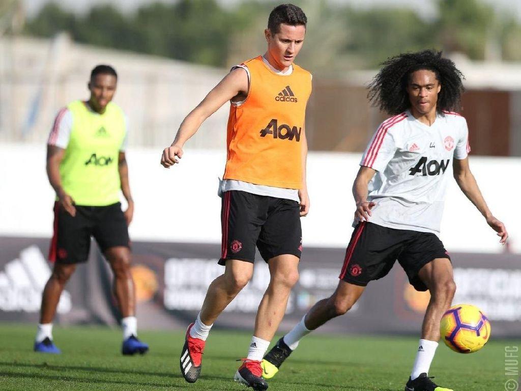 Mengintip Latihan Manchester United di Dubai