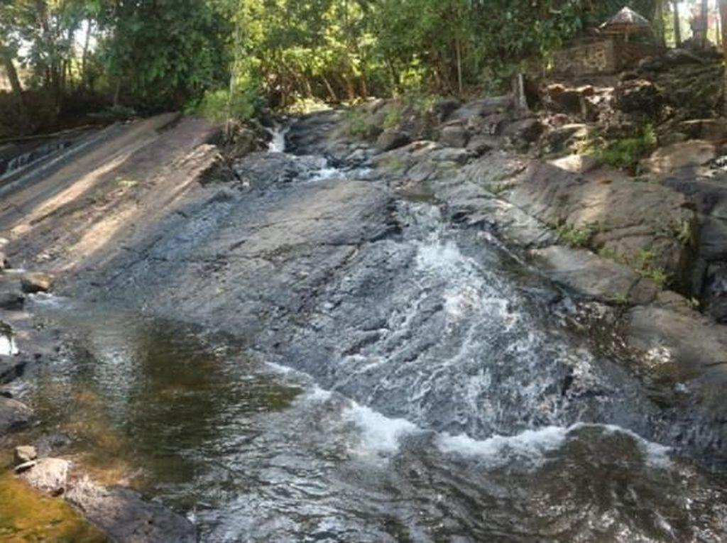 Air Terjun Tumpang Dua yang Tersembunyi di Kotabaru, Kalsel