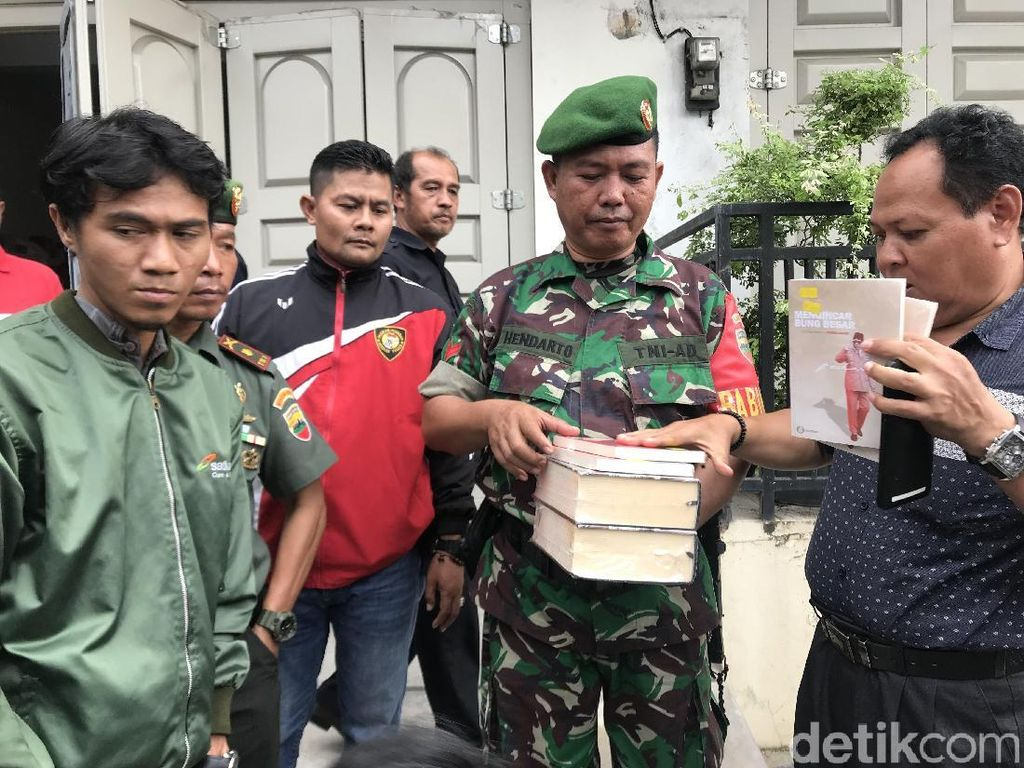 Dituding Mengandung Unsur PKI, Buku Jasmerah Cs Diamankan