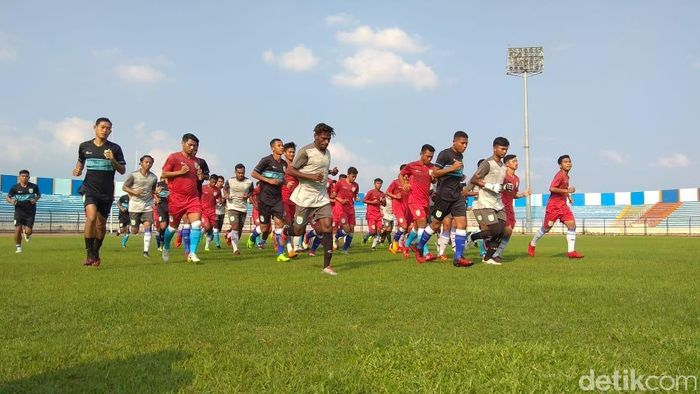 20 pemain seleksi Persela Lamongan dipulangkan (Eko Sudjarwo/detikSport)