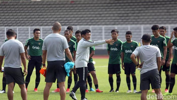 Indra Sjafri memanggil tiga pemain baru untuk masuk pelatnas Timnas Indonesia U-22 (Agung Pambudhy/detikSport)
