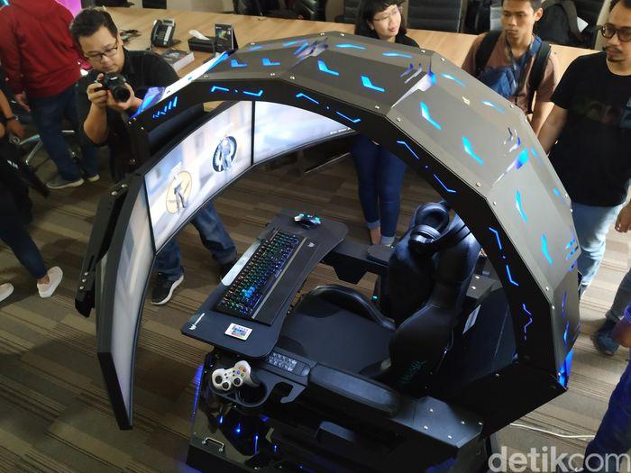 Acer Predator Thronos, dingklik gaming yang harga tipe teratasnya lebih mahal dari kendaraan beroda empat Mitsubishi Xpander. (Foto: Agus Tri Haryanto/inet)