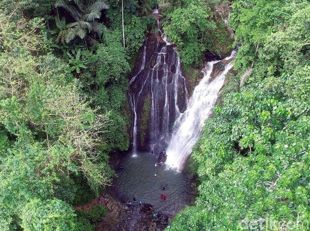 Polewali Mandar Punya Air Terjun yang Cantik Banget