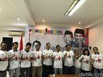 Relawan Jokowi Poros Benhil Ajak Moeldoko hingga Artis Bersih-bersih