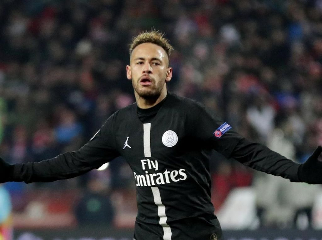 Neymar: Tonton MMA Saja jika Suka Saya Dijegal