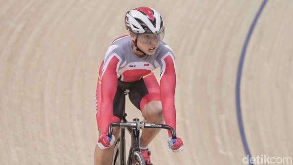 Crismonita Lolos Kejuaraan Dunia Balap Sepeda Trek