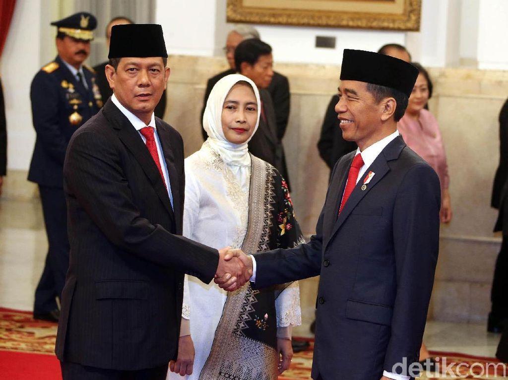 Jokowi: Saya Lihat Tindakan Doni Monardo, Bukan Status Jenderalnya