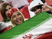 Setelah 40 Tahun, Perempuan Iran Bisa Nonton Sepakbola di Stadion