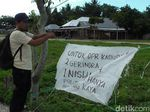 Unik, Caleg Gerindra Asal Gorontalo Pakai Karung buat Baliho