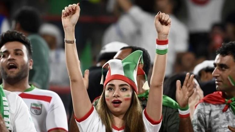 Teriakan Suporter (Wanita) Iran di Piala Asia 2019