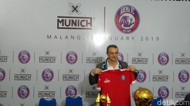 Hati Milomir Seslija Tertambat di Arema FC