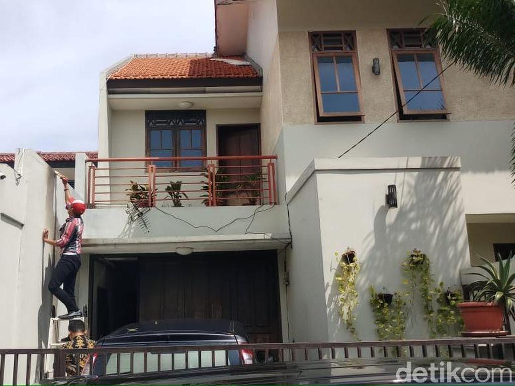 Dinding Berjelaga Bekas Molotov di Rumah Wakil Ketua KPK Dicat Ulang