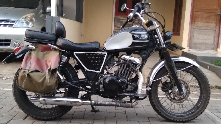 Suzuki Thunder modifikasi. Foto Mochamad Leksono Sidi
