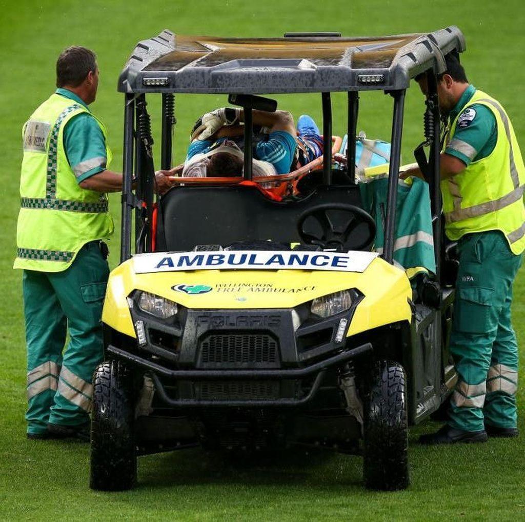 Bernardo yang Apes: Sudah Cedera, Terlindas Mobil Tim Medis Pula