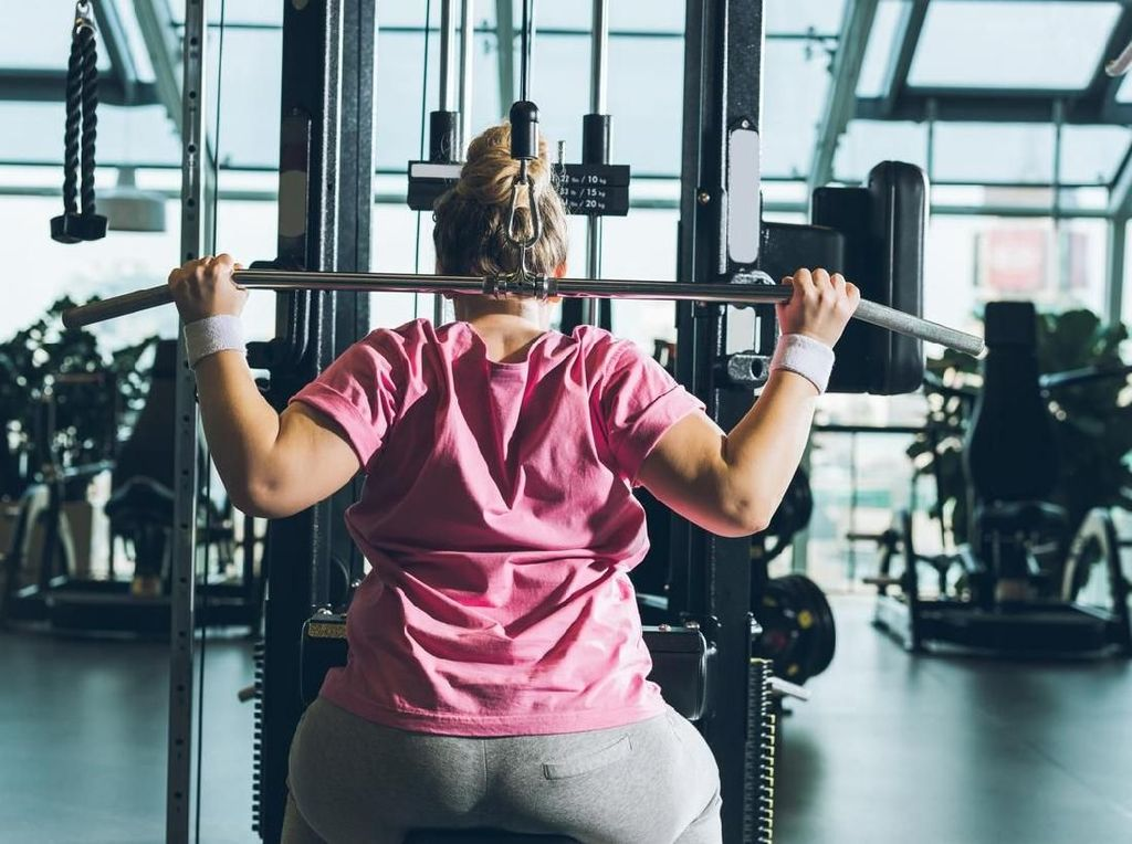 4 Pilihan Olahraga Simpel yang Bisa Kamu Lakukan dalam 22 Menit