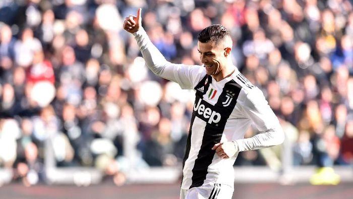 Cristiano Ronaldo memburu rekor-rekor bersama Juventus di 2019. Foto: Tullio M. Puglia/Getty Images