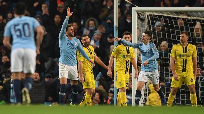Manchester City menang 9-0 atas Burton Albion di leg pertama semifinal Piala Liga Inggris (Foto: Gareth Copley/Getty Images)