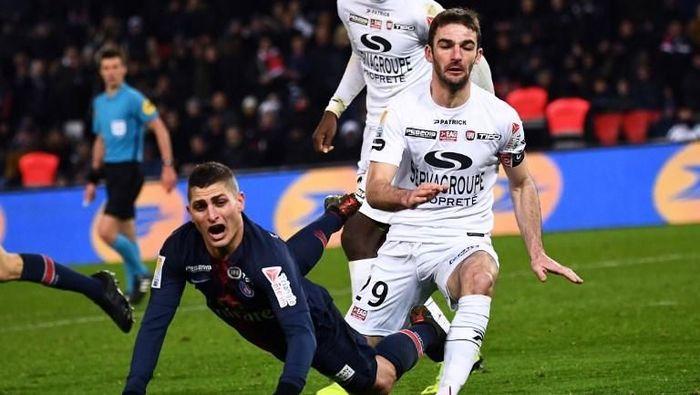 Paris Saint-Germain tersingkir dari Coupe de la Ligue usai dikalahkan Guingamp (Foto: Anne-Christine POUJOULAT / AFP)