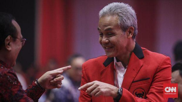 Gubernur Jateng yang merupakan kader PDIP Ganjar Pranowo.