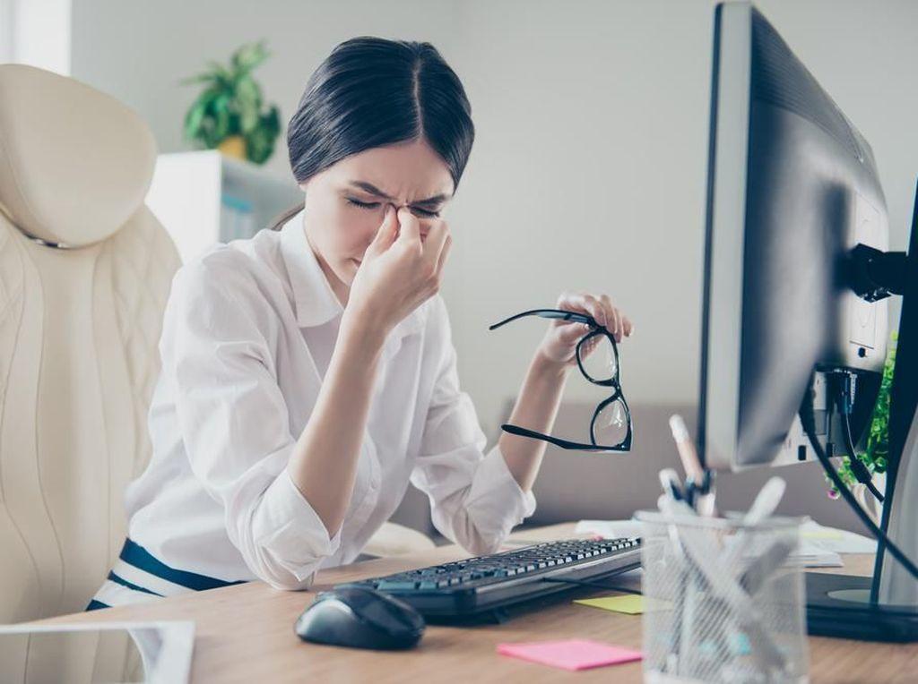 Dear Karyawan Kantoran, Ini Penyebab Sulit Konsentrasi Saat Kerja