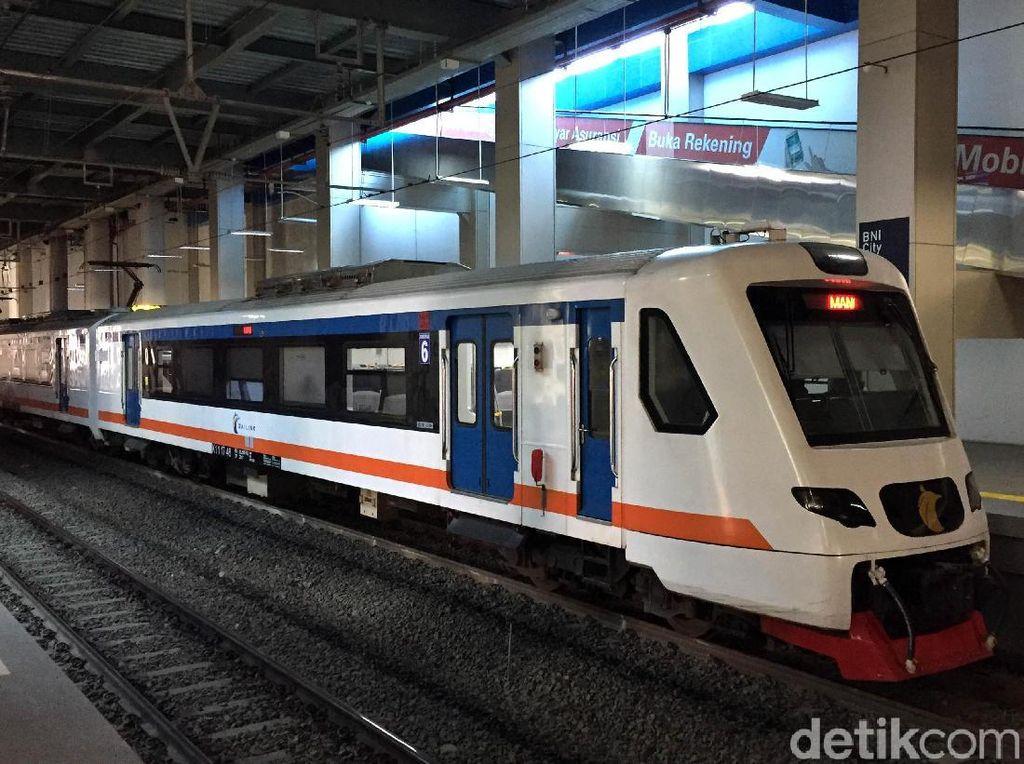 Jadwal Kereta Bandara dari Manggarai ke Soekarno Hatta dan Harga Tiketnya