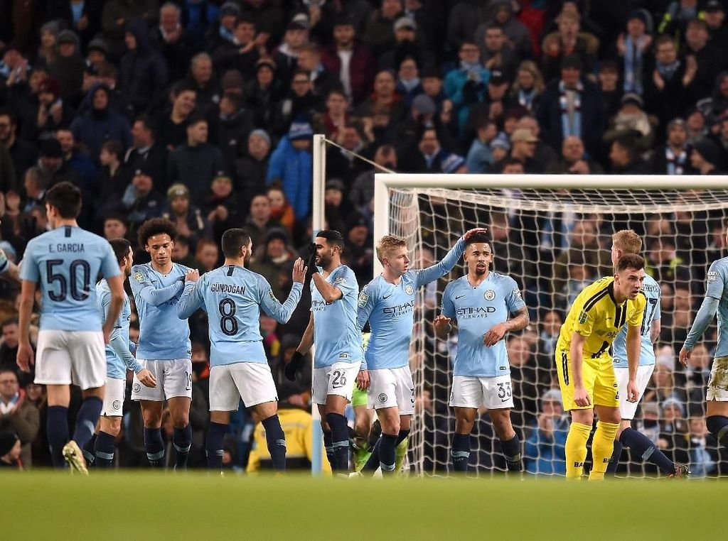 Pesta 9 Gol City di Etihad Stadium