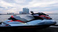 Jet Ski Cafe : Menikmat Laksa Laut Sambil Menanti Datangnya Senja di Pesisir Jakarta