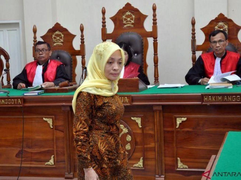 Vonis Dosen USU Penyebar Hoax Bom Surabaya Pengalihan Isu Jadi 1 Tahun Bui