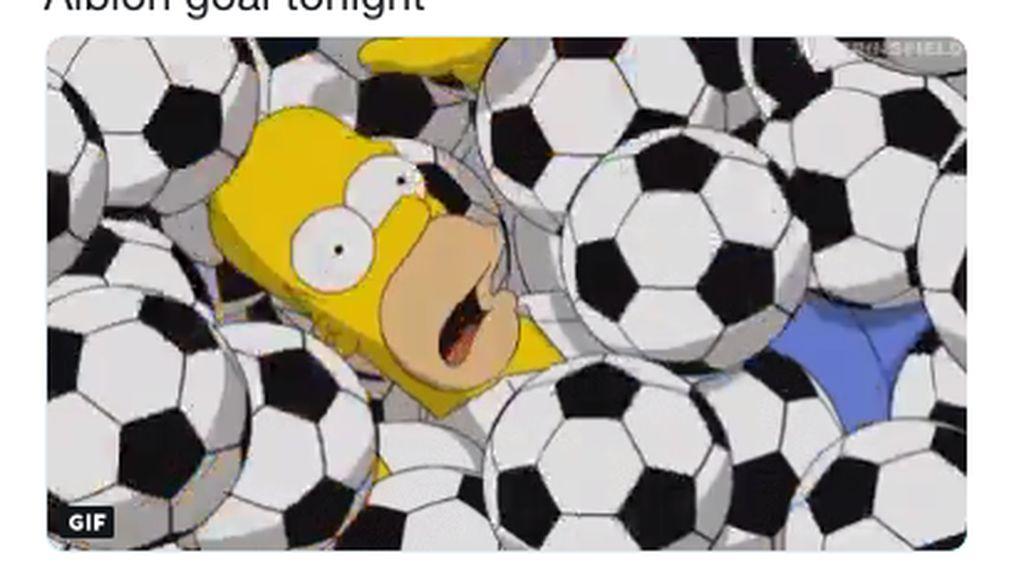 Homer Simpson Juga Mejeng di Meme Pesta Gol Manchester City