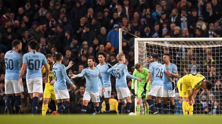 City: 9 Gol sebagai Bentuk Rasa Hormat untuk Burton dan Piala Liga Inggris