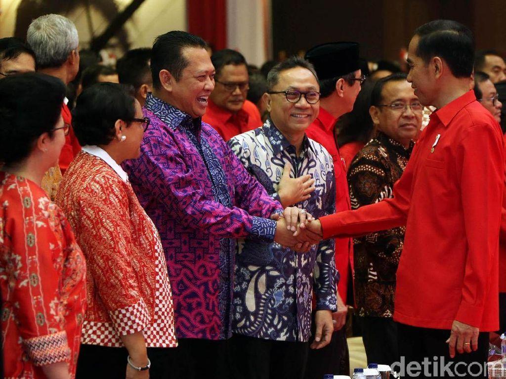 Momen 3x Zulkifli Hasan Disoraki Huu Berujung PDIP Minta Maaf