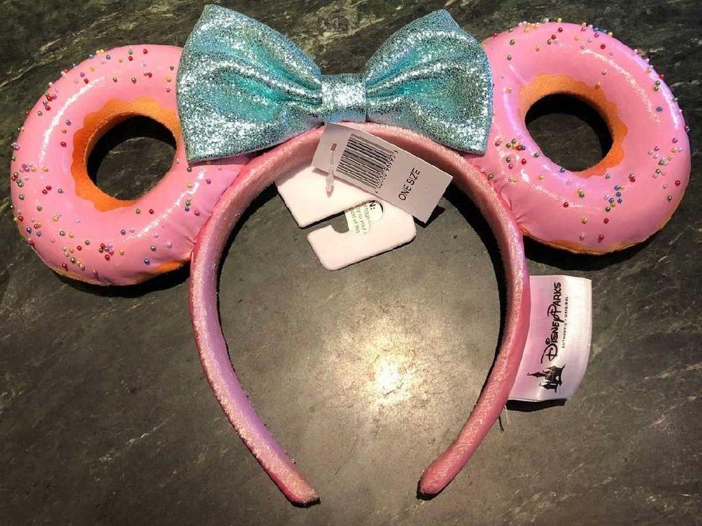 Disneyland Bikin Bando Cantik Bentuk Donat dengan Sprinkle