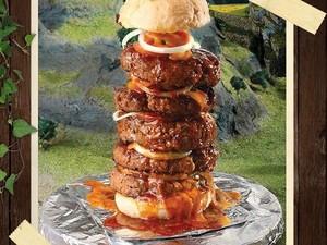 Sanggup? Makan Burger 1 Kg dan Pizza 106 Cm yang Super Ngenyangin!