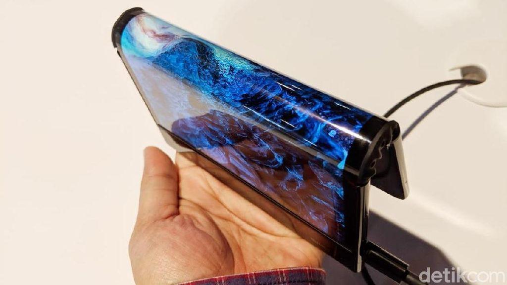 Melihat Lagi Flexpai, Ponsel Layar Lipat Pertama Dunia
