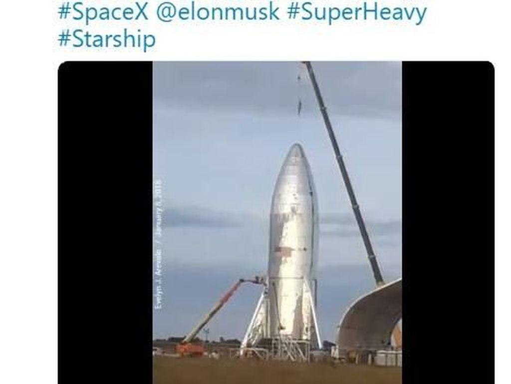 Penampakan Calon Roket Terkuat Sejagat Punya SpaceX