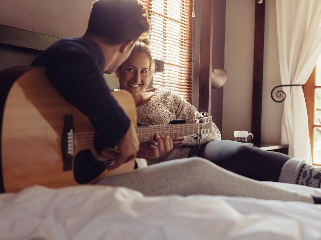 5 Bahasa Cinta yang Harus Dimengerti Pasangan Agar Tak Sering Bertengkar