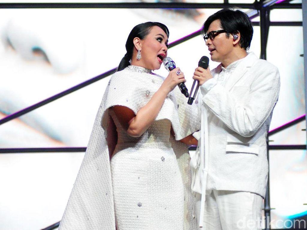 Setelah 11 Januari, Armand Maulana dan Dewi Gita Cerita Manisnya Perjalanan Cinta