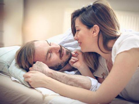 Ilustrasi hubungan seks suami istri/