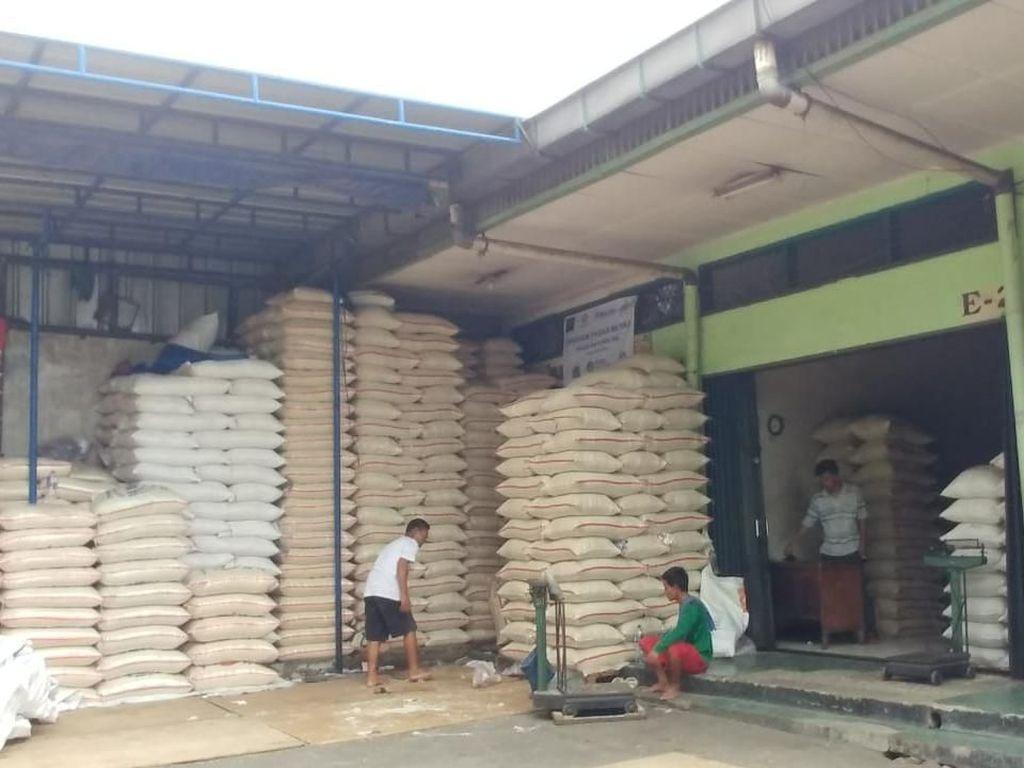 Beras Medium di Cipinang Dijual Rp 8.500-11.500/Kg