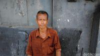 Ojek Sepeda Ontel Jakarta Bertahan dengan Pendapatan Tak Menentu