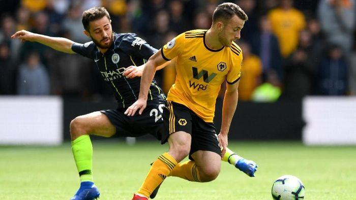 Wolverhampton Wanderers kerap menyulitkan tim-tim papan atas di Liga Inggris musim ini (Foto: Shaun Botterill/Getty Images)