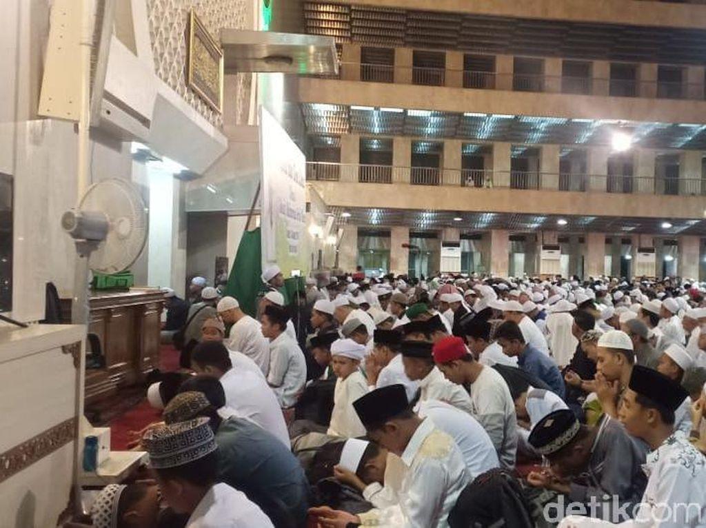 Putra Ustaz Arifin Ilham: Kondisi Abi Membaik, Mohon Doa
