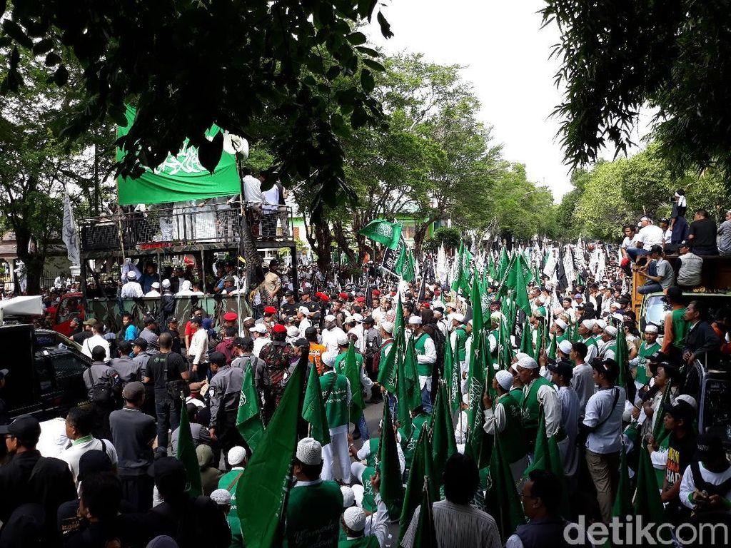 Peserta Tablig Akbar Solo Bentak Polisi, PA 212: Diblokade, Wajar Marah