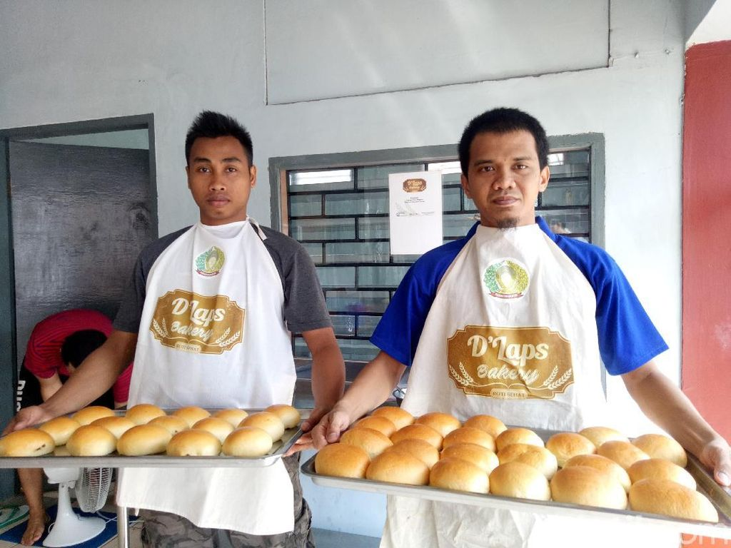 Donat Enak Bikinan Napi Lapas Makassar
