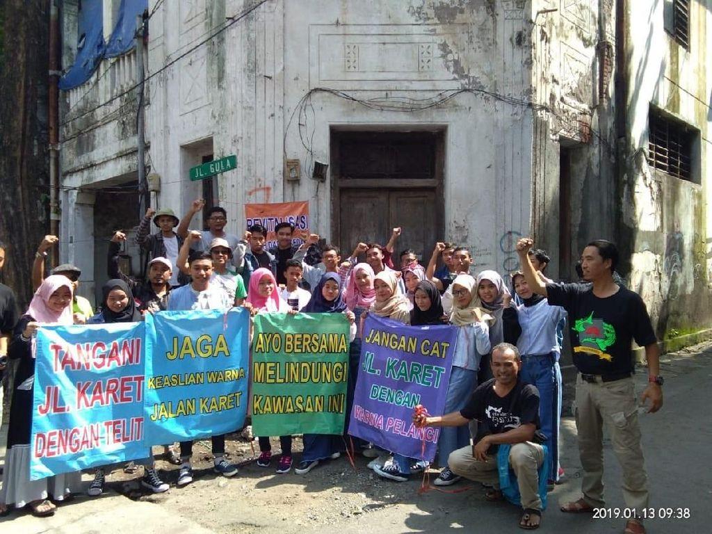 Kecewa Revitalisasi Jalan Panggung, Pegiat Sejarah Surabaya Gelar Aksi