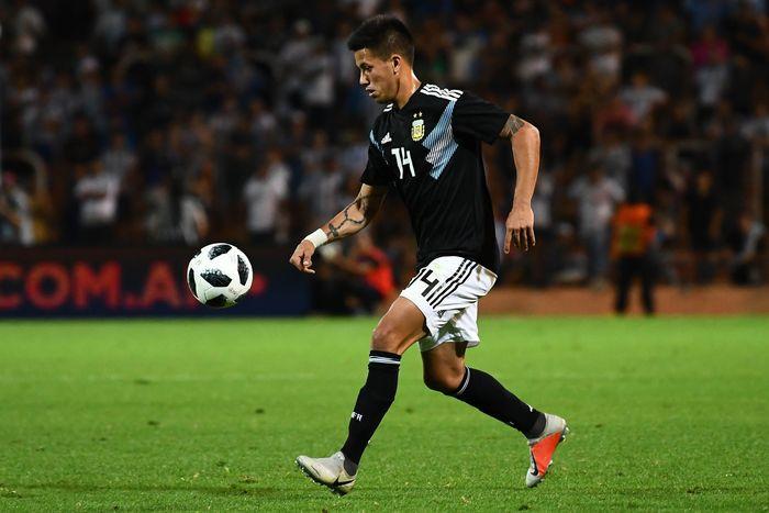 Pengisi posisi 10 pada daftar ini adalah gelandang serang asal Argentina Maximiliano Meza. Dia dibeli oleh klub Meksiko Monterrey dari Independiente dengan banderol 13,15 juta euro. (Amilcar Orfali/Getty Images)