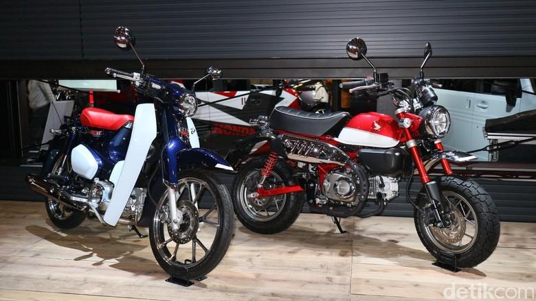 Honda Super Cub C125 dan Honda Monkey di Tokyo Auto Salon. Foto: Dina Rayanti